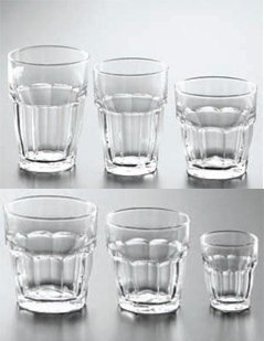 set di bicchieri, bicchieri grandi, bicchieri piccoli