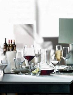 calici di cristallo, calici per vino, bicchieri in vetro