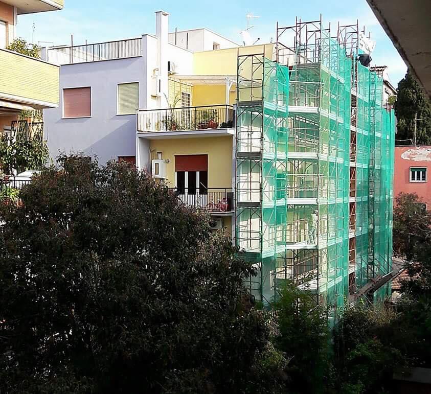 immagine frontale manutenzione palazzo