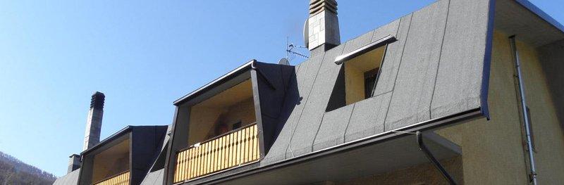 vista del tetto di una casa
