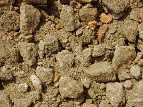 della terra e dei sassi