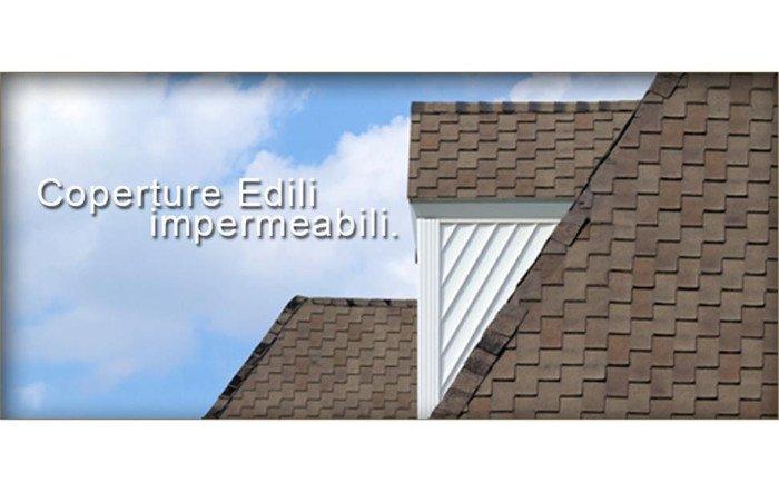 un'immagine con dei tetti e la scritta coperture edili impermeabili