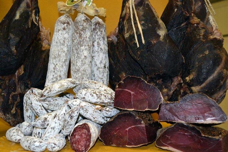 Range of boar meat