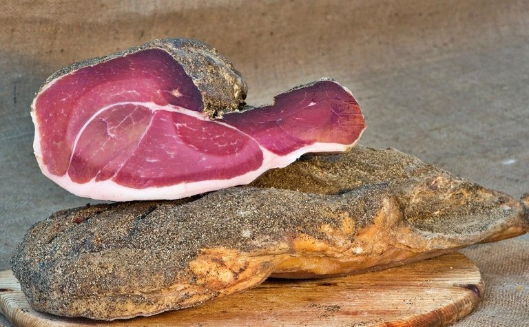 Locally-sourced cured ham