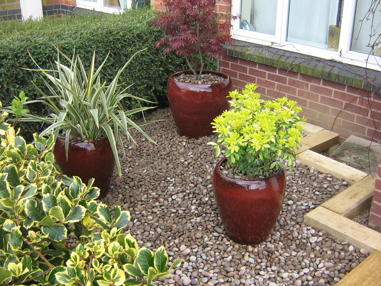 Gardening landscaping fencing walls nottingham gardens2u for a complete range of gardening and landscaping services across nottingham and derby you need gardens2u call david on 07817 062 419 or christine on workwithnaturefo