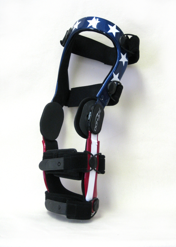 Knee brace with stars and stripes pattern