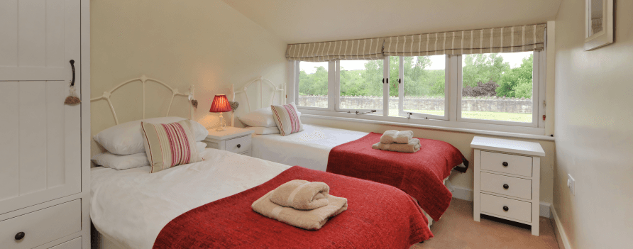 Luxury holiday cottages to rent near Bristol Airport