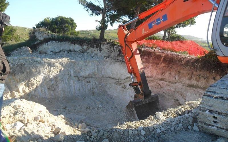 fase di scavo per cantiere