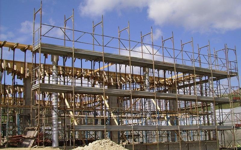 struttura di edificio in fase di costruzione