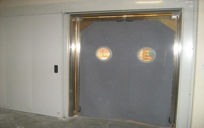 realizzazione porte flip flap Brescia