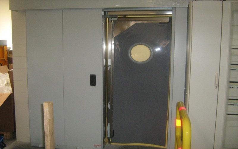 installazione porte flip flap Brescia