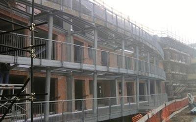 Strutture metalliche per edilizia