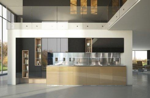 Cucina con parete attrezzata