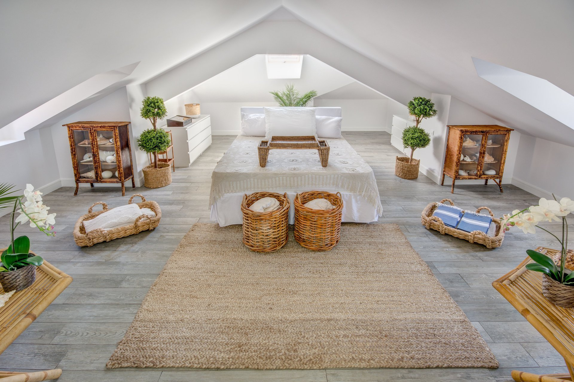 We love entertaining, how would you design a space to host friends and  family?