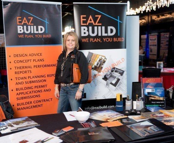 Eaz Build stall holder