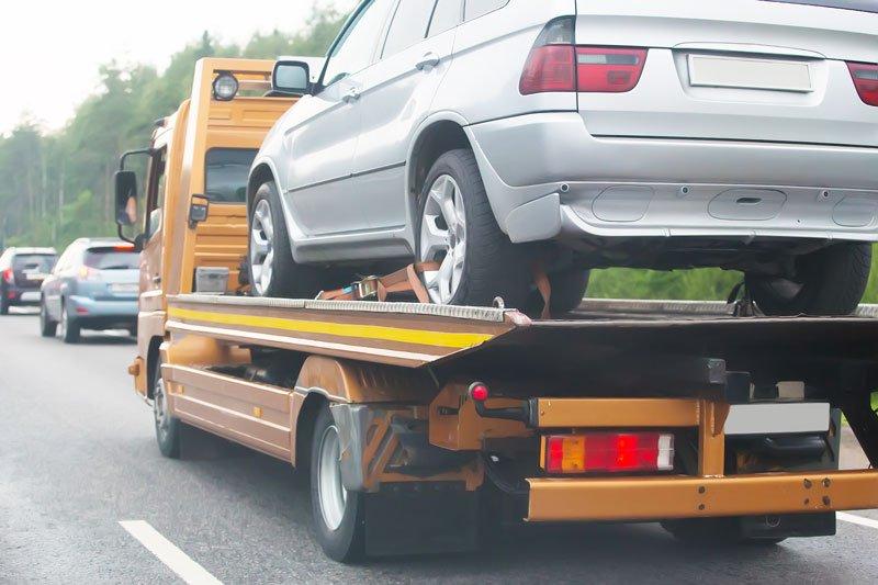 Help on road transports wrecker broken car in OH