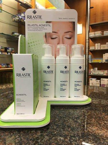 prodotti a marchio RILASTIL per la cura dell`acne