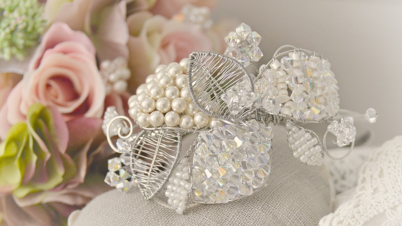 Swarovski Crystal and Shell Pearl Leaf Headpiece