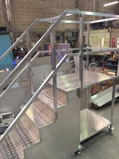 Aluminium Steps & Working Platform