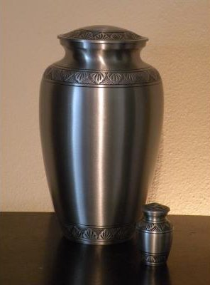Urn for crematorium and burial service in Kent, WA