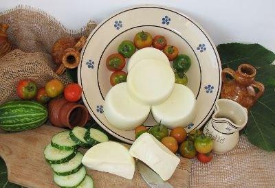 forme di formaggio piccole