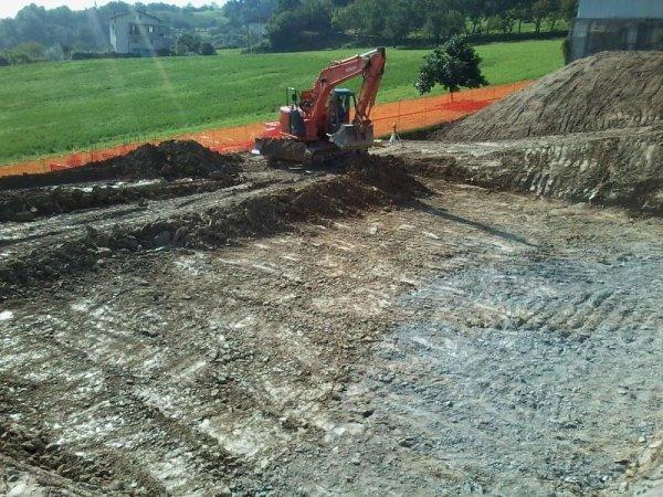 scavo area lavoro