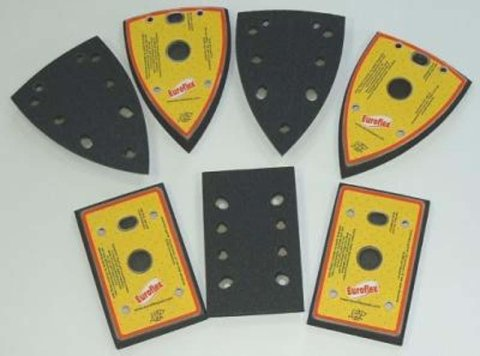Self-gripping triangular sanding pads