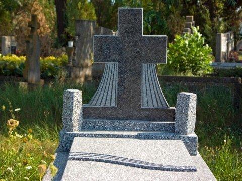 lavorazione marmi e graniti cimiteriali