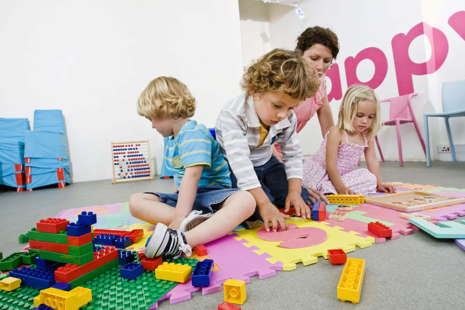 children playing with legos at community child care in Cincinnati, OH