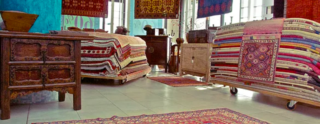 Tappeti orientali e oggetti d'arredo
