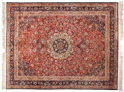 tappeto seta udine, rosone centrale, manufatto seta, motivi floreali, tappeto turco