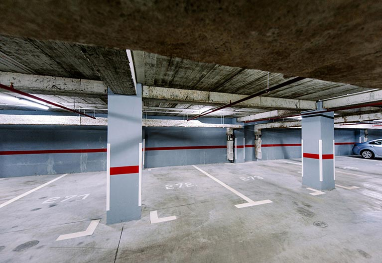 budget storage and removals car parking area