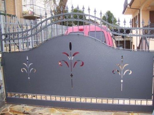 Cancello con lamiera