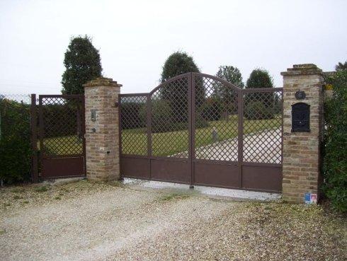 Cancello a griglie