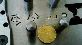 Stampi per microtrinciatura metalli