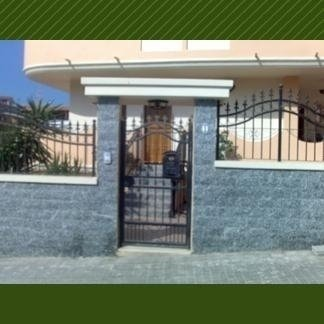 cancello d´ingresso in ferro