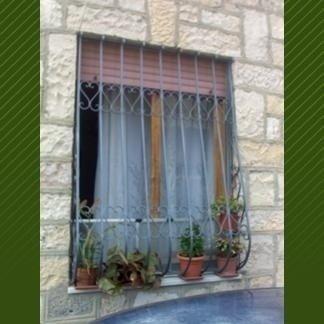 serranda finestra