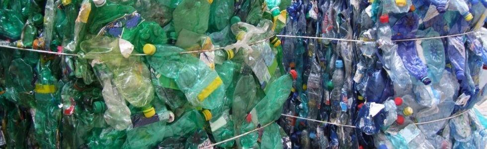Bottiglie in plastica usate
