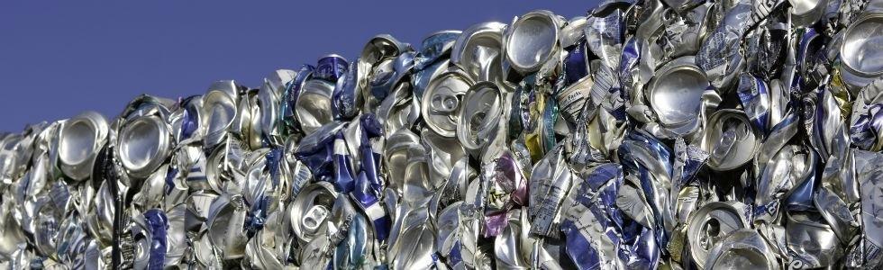Lattine e rifiuti in alluminio