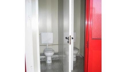 Container in pannelli coibentati uso servizio igienico doppio