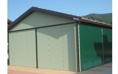 Box in lamiera verde