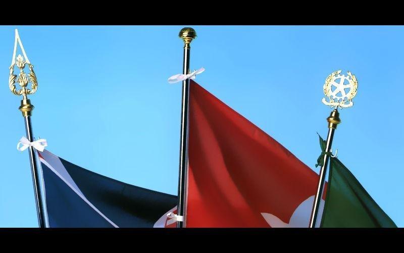 Produzione aste bandiere