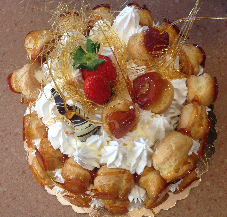 torta con bigne