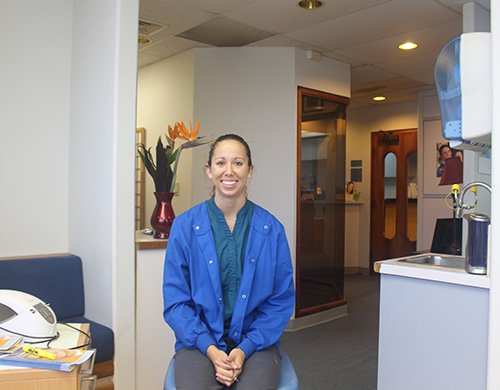 Aloha Dental Center technician