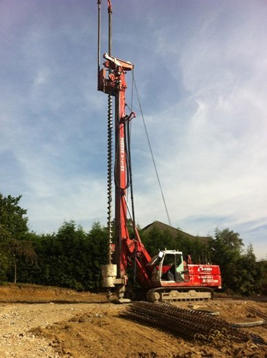 Piling machine ready for construction
