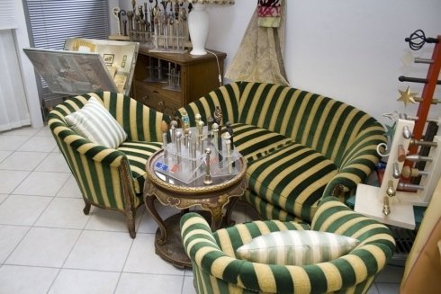 tappezzeria divani bicolore a righe
