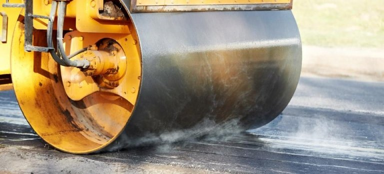stesura asfalto