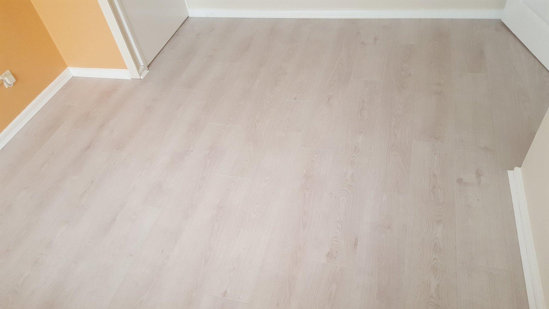 Kitchen Floor Wood Effect Vinyl Flooring Installed
