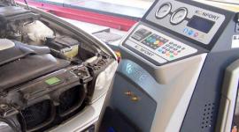 macchina per ricarica condizionatori auto