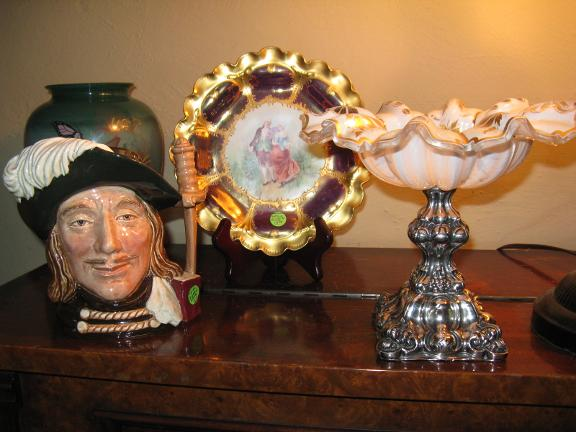 Family heirlooms  antiques and collectables